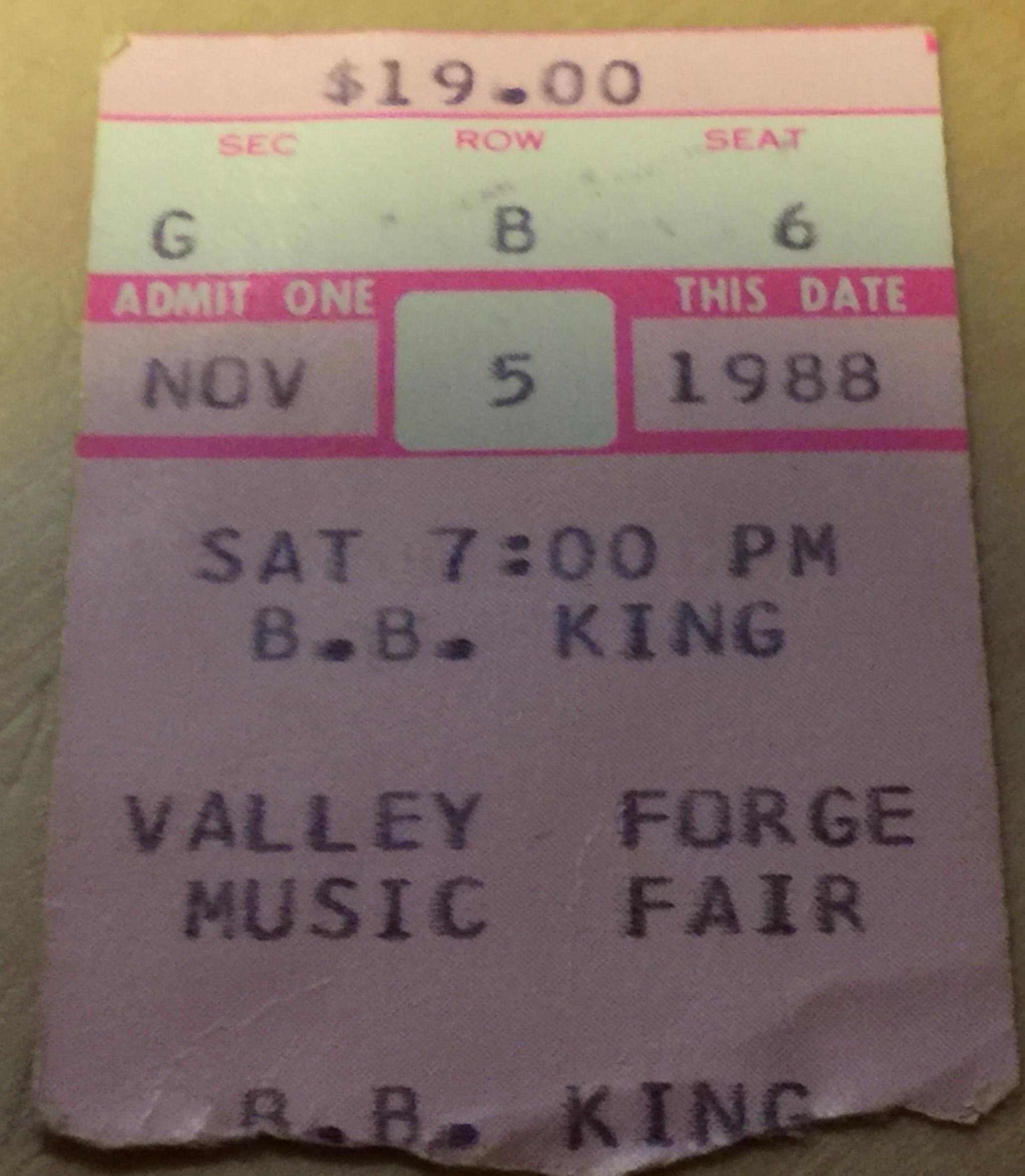 BBKing1988-11-05ValleyForgeMusicFairDevonPA.JPG
