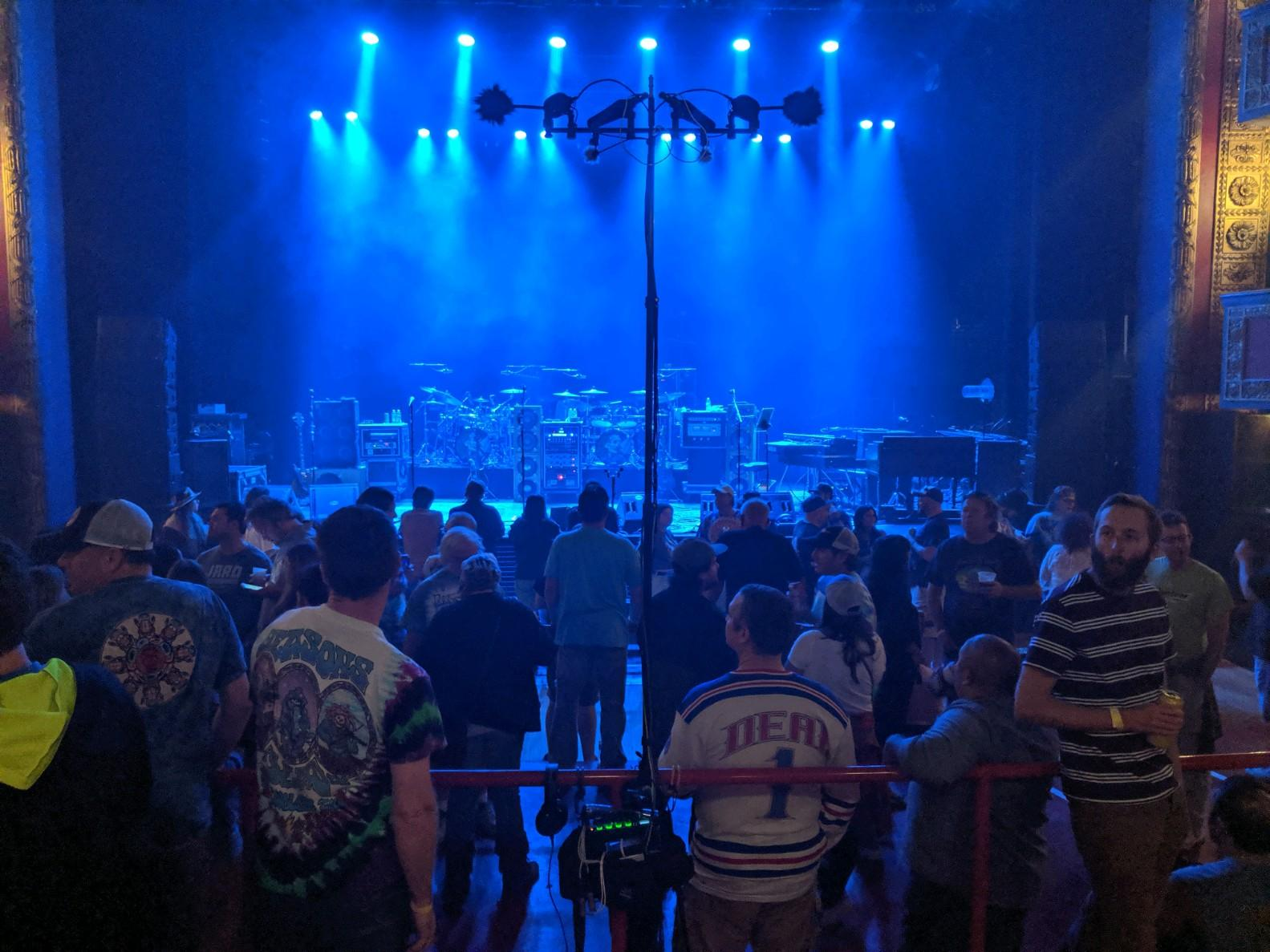 DarkStarOrchestra2019-09-26VicTheaterChicagoIL (2).jpg