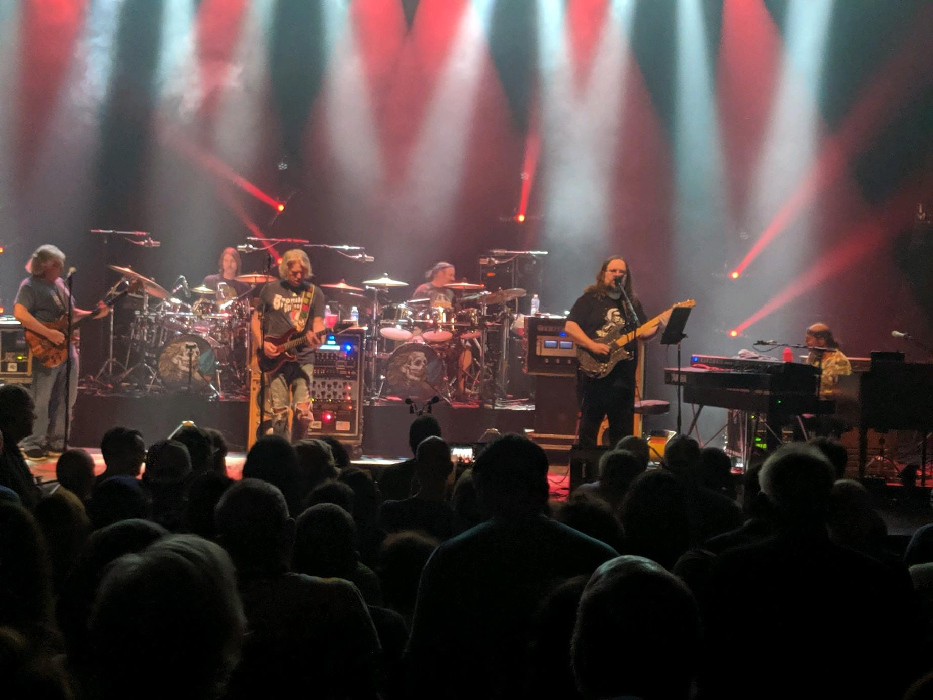 DarkStarOrchestra2019-09-26VicTheaterChicagoIL (4).jpg