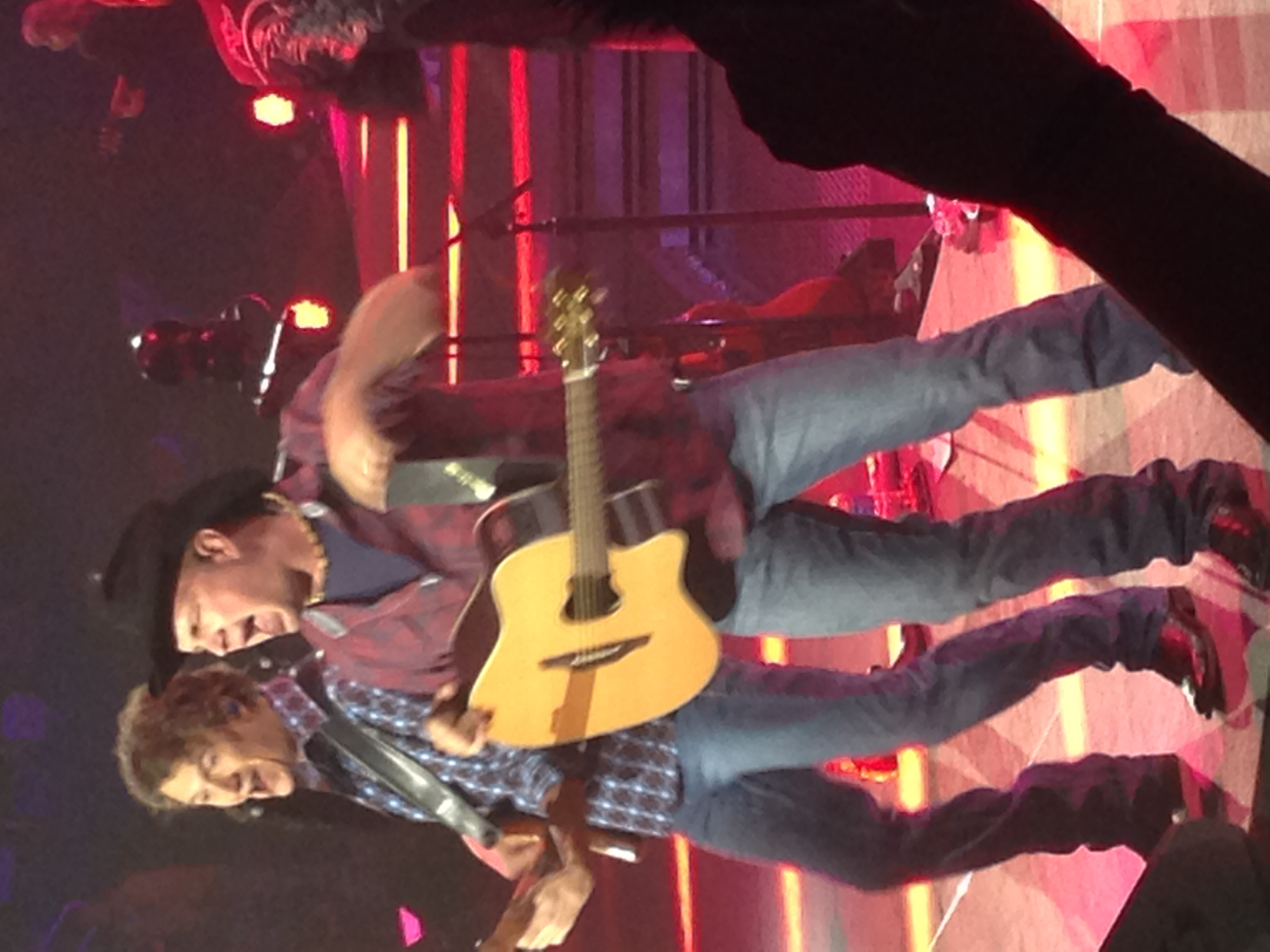 GarthBrooks11-21-14GreensboroColiseumNC (4).JPG