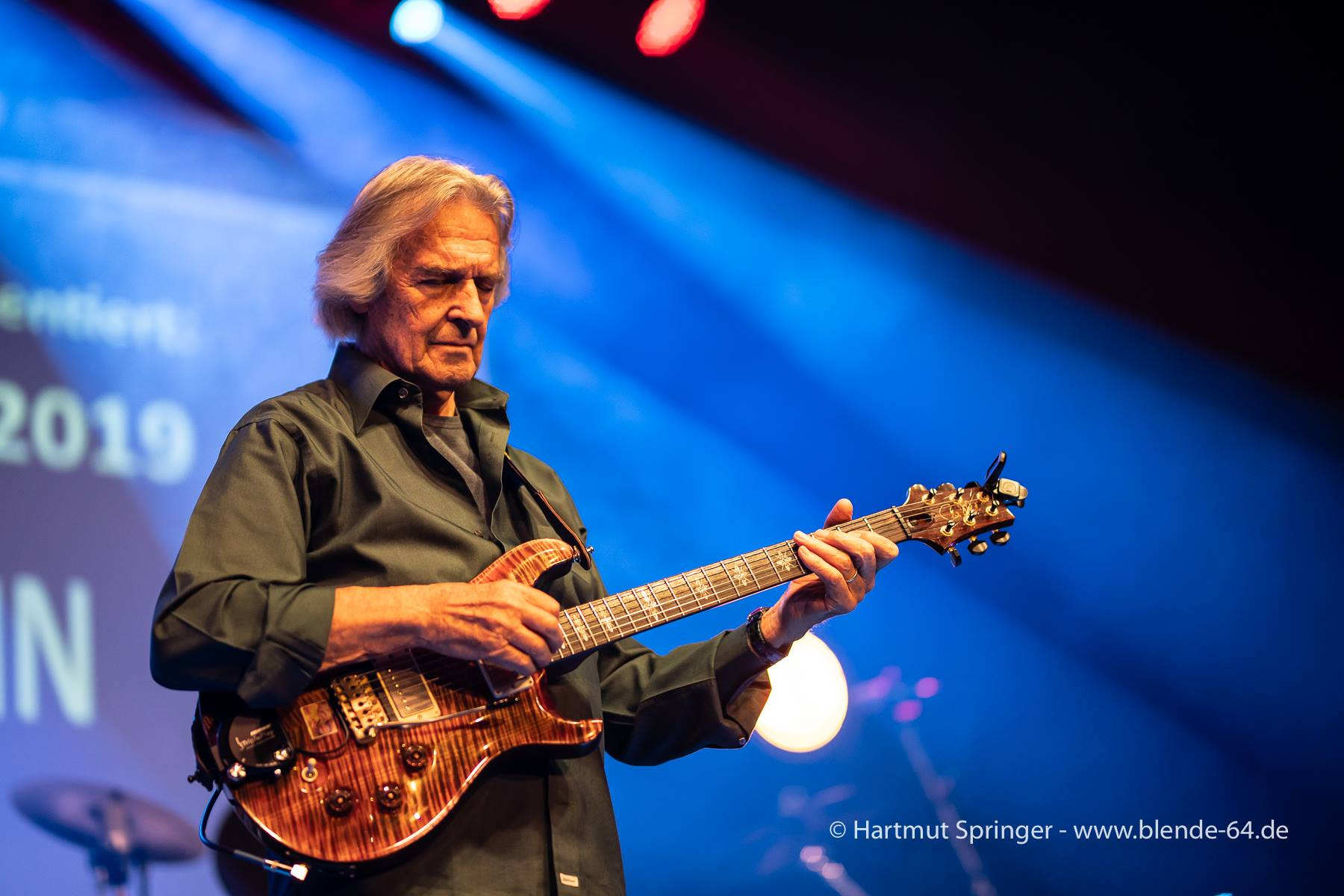 JohnMcLaughlinAndThe4thDimension2019-04-28GronauGermany (14).jpg