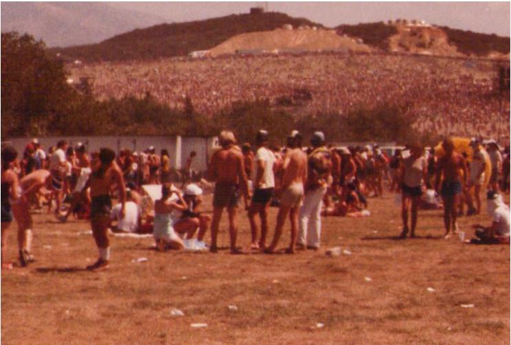 Kinks1982-09-04USFestivalDevoreCA.jpg