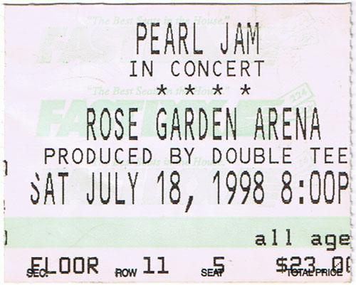 PearlJam1998-07-18RoseGardenArenaPortlandOR.jpg